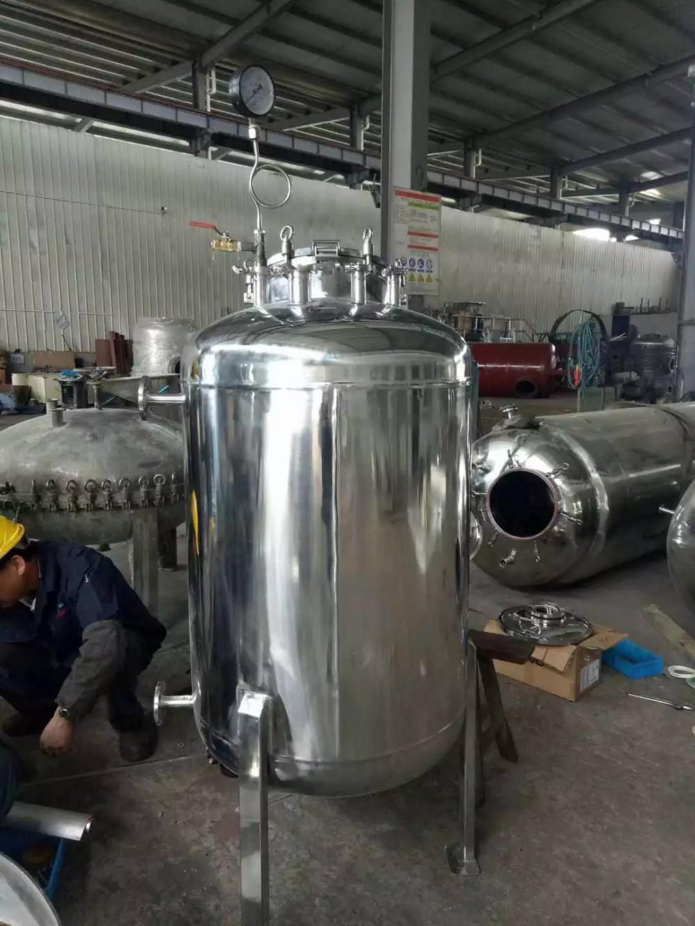 廠家直銷大量批發興科不銹鋼貯罐(可按需求定制